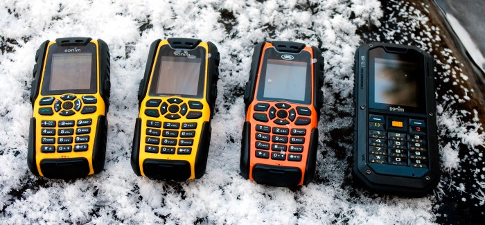 Sonimi mobiiltelefonid – läbi jää ja vee