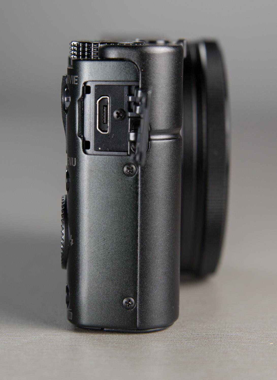 kompaktkaamerad-port-100