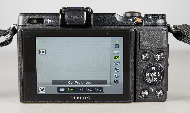 Olympus-ekraan-200