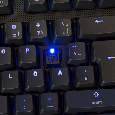 Lisaks Cherry MX lülitile on klahvi all peidus ka LED diood.