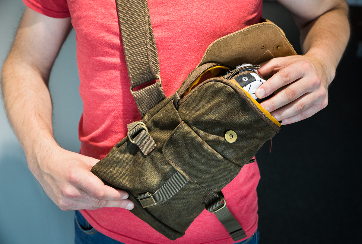 National-geographic-little-sling-bag-kott-17