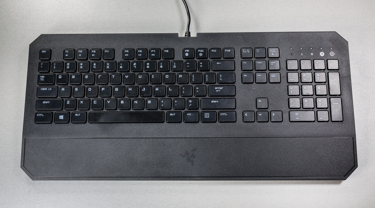 razer-deathstalker-klaviatuur-digitest-4
