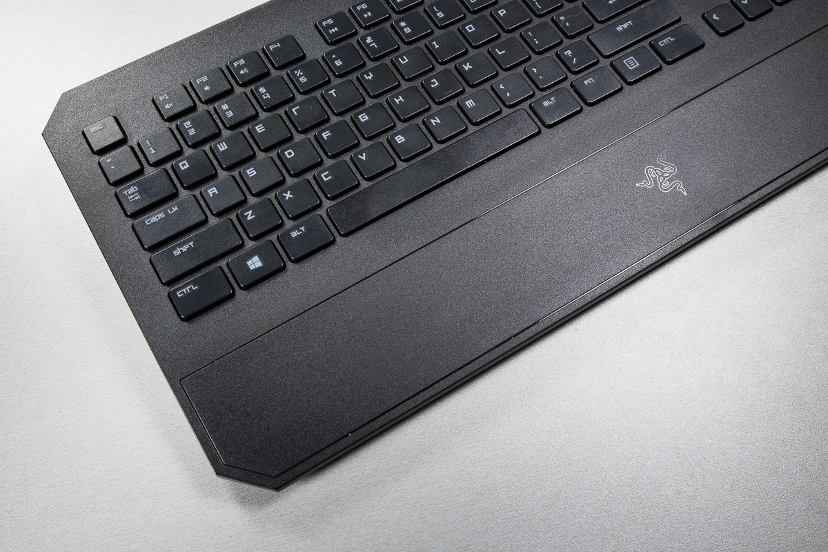 razer-deathstalker-klaviatuur-digitest-5