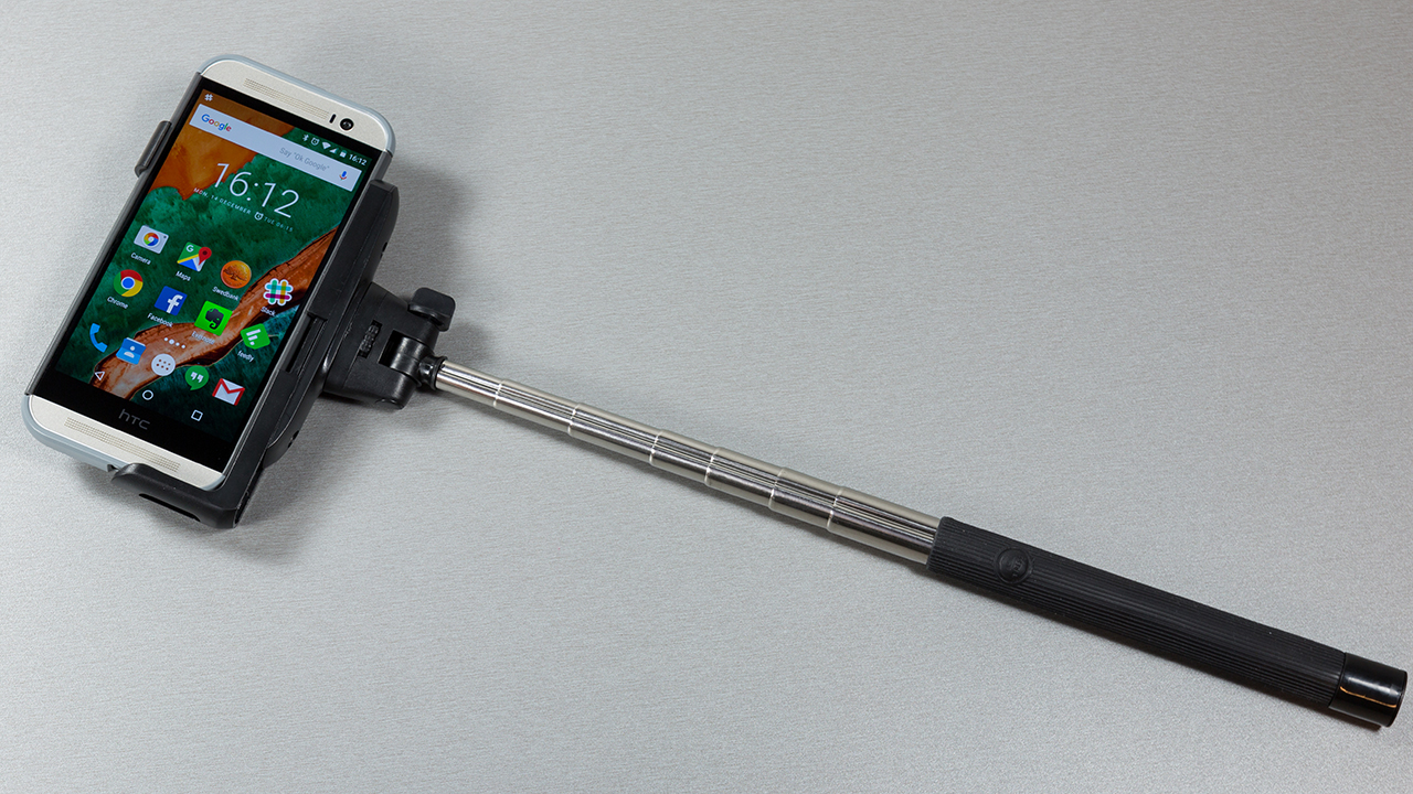 Omega-selfie-monopod-bt-OMMPB-012-lopp2