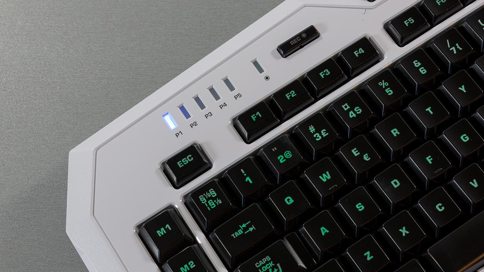 Roccat-Isku-FX--DT-008-makroindikaator