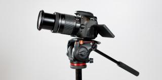 Manfrotto MHXPRO-2W videopea – mugav alustavale videograafile