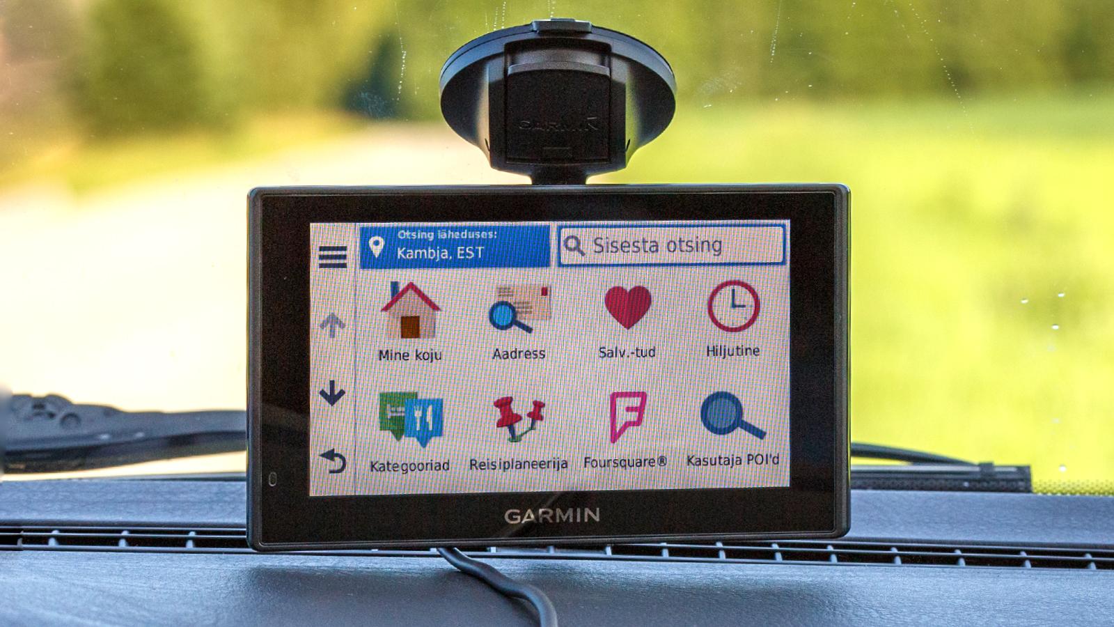garmin-drive-022-smart