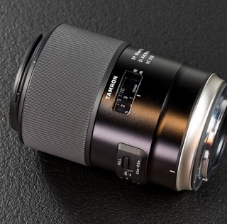 Tamron SP 90mm f/2.8 Di VC USD makroobjektiiv viib sind miniatuursesse maailma