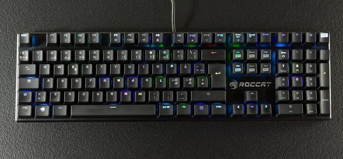 Roccat Suora FX on pilkupüüdev mehhaaniline klaviatuur