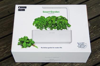 click-and-grow-smart-garden