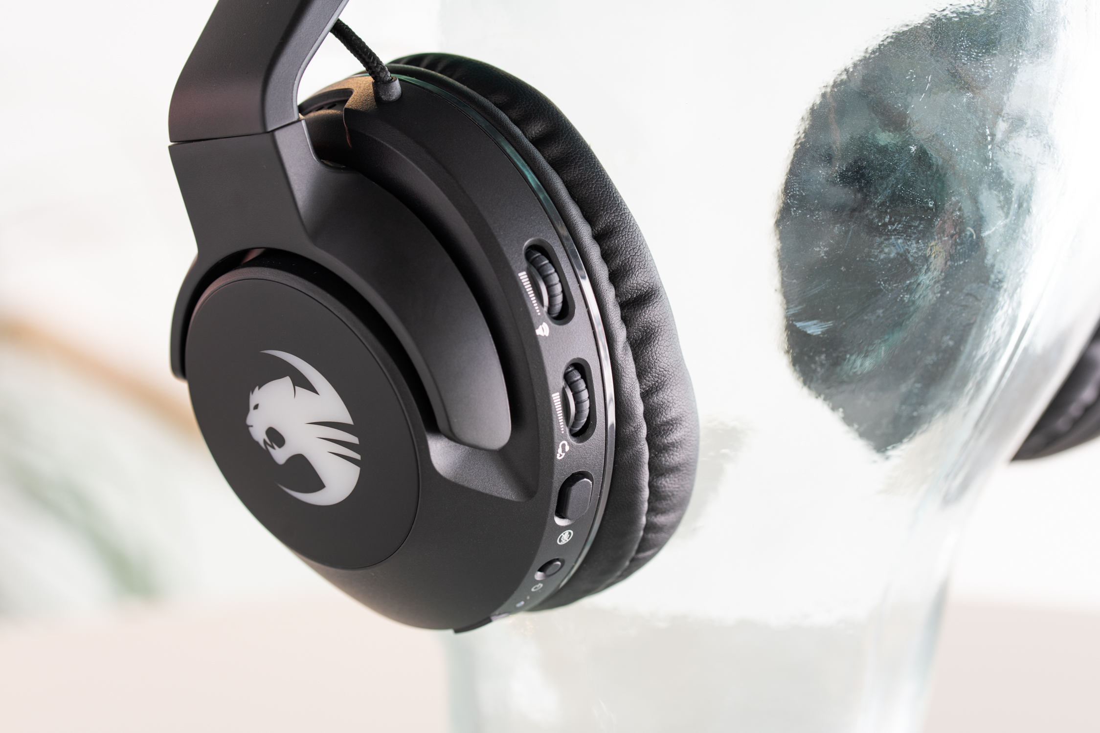 Roccat juhtmevabad kõrvaklapid + mikrofon Elo 7.1 Air (ROC-14-140-02)
