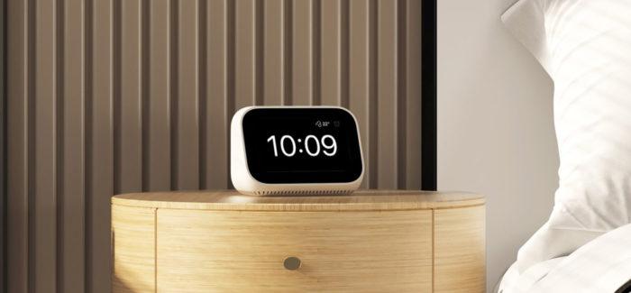 Xiaomi Mi Smart Clock on nutiäratuskell üksildasele laiskvorstile